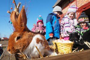 Ostern im Freilichtmuseum mit Hase und Lamm2